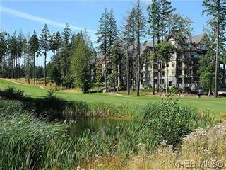 Photo 20: 302 1375 Bear Mountain Pkwy in VICTORIA: La Bear Mountain Condo for sale (Langford)  : MLS®# 583023