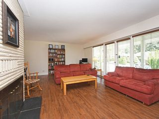 "Photo 2: 2397 HOSKINS Road in North Vancouver: Westlynn Terrace House for sale in ""WESTLYNN TERRACE"" : MLS®# R2389248"