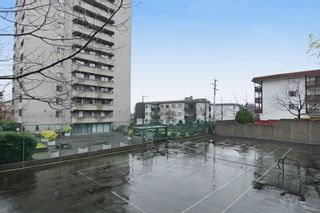 """Photo 12: 1004 110 W 4TH Street in North Vancouver: Lower Lonsdale Condo for sale in """"Ocean Vista"""" : MLS®# V1064445"""