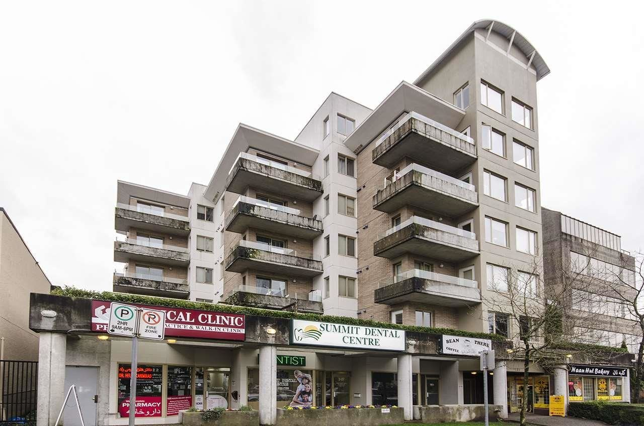 """Main Photo: 2,3 137 W 17TH Street in North Vancouver: Central Lonsdale Office for sale in """"WESTGATE"""" : MLS®# C8040043"""