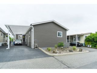 "Photo 2: 205 3665 244 Street in Langley: Otter District Manufactured Home for sale in ""Langley Grove Estates"" : MLS®# R2372975"