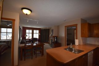 Photo 4: 414 - 2060 SUMMIT DRIVE in Panorama: Condo for sale : MLS®# 2461119