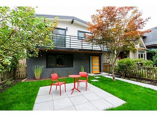 """Photo 2: 2116 E 19TH Avenue in Vancouver: Grandview VE House for sale in """"TROUT LAKE"""" (Vancouver East)  : MLS®# V1088233"""