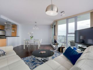 Photo 5: 3002 583 BEACH CRESCENT in Vancouver: Yaletown Condo for sale (Vancouver West)  : MLS®# R2043293