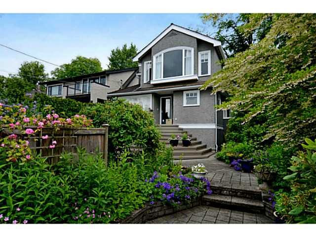 """Main Photo: 3287 W 22ND Avenue in Vancouver: Dunbar House for sale in """"N"""" (Vancouver West)  : MLS®# V1021396"""