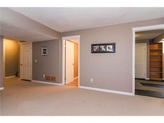Photo 27: 216 ROYAL ELM Road NW in Calgary: Royal Oak House for sale : MLS®# C4054216