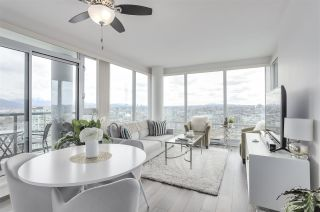 Photo 5: 3803 1033 MARINASIDE CRESCENT in Vancouver: Yaletown Condo for sale (Vancouver West)  : MLS®# R2257056