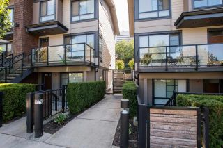 """Photo 2: 12 3728 THURSTON Street in Burnaby: Central Park BS Townhouse for sale in """"THURSTON"""" (Burnaby South)  : MLS®# R2493897"""