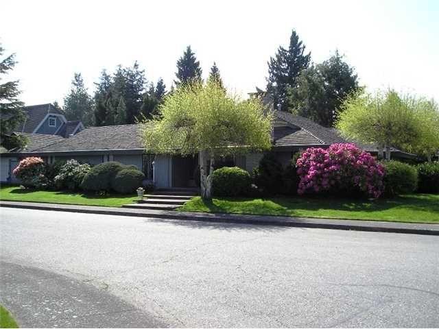 """Main Photo: 68 DEERFIELD Drive in Tsawwassen: Pebble Hill House for sale in """"DEERFIELD"""" : MLS®# V851261"""
