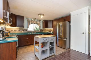 Photo 9: 1105 Bourban Rd in : ML Mill Bay Manufactured Home for sale (Malahat & Area)  : MLS®# 863983