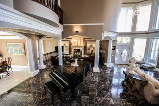 Photo 16: 1492 Welbourn Drive in Edmonton: Zone 20 House for sale : MLS®# E4255652