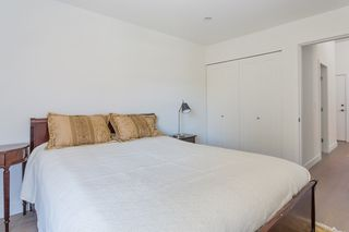 """Photo 13: 311 3875 W 4TH Avenue in Vancouver: Point Grey Condo for sale in """"Landmark"""" (Vancouver West)  : MLS®# R2567957"""