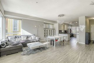 """Photo 2: 3119 E KENT AVENUE NORTH in Vancouver: South Marine Townhouse for sale in """"River Walk"""" (Vancouver East)  : MLS®# R2439075"""
