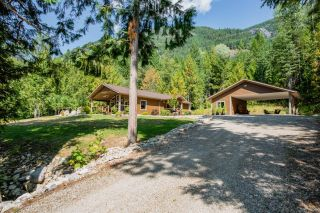 Photo 16: 2948 UPPER SLOCAN PARK ROAD in Slocan Park: House for sale : MLS®# 2460596