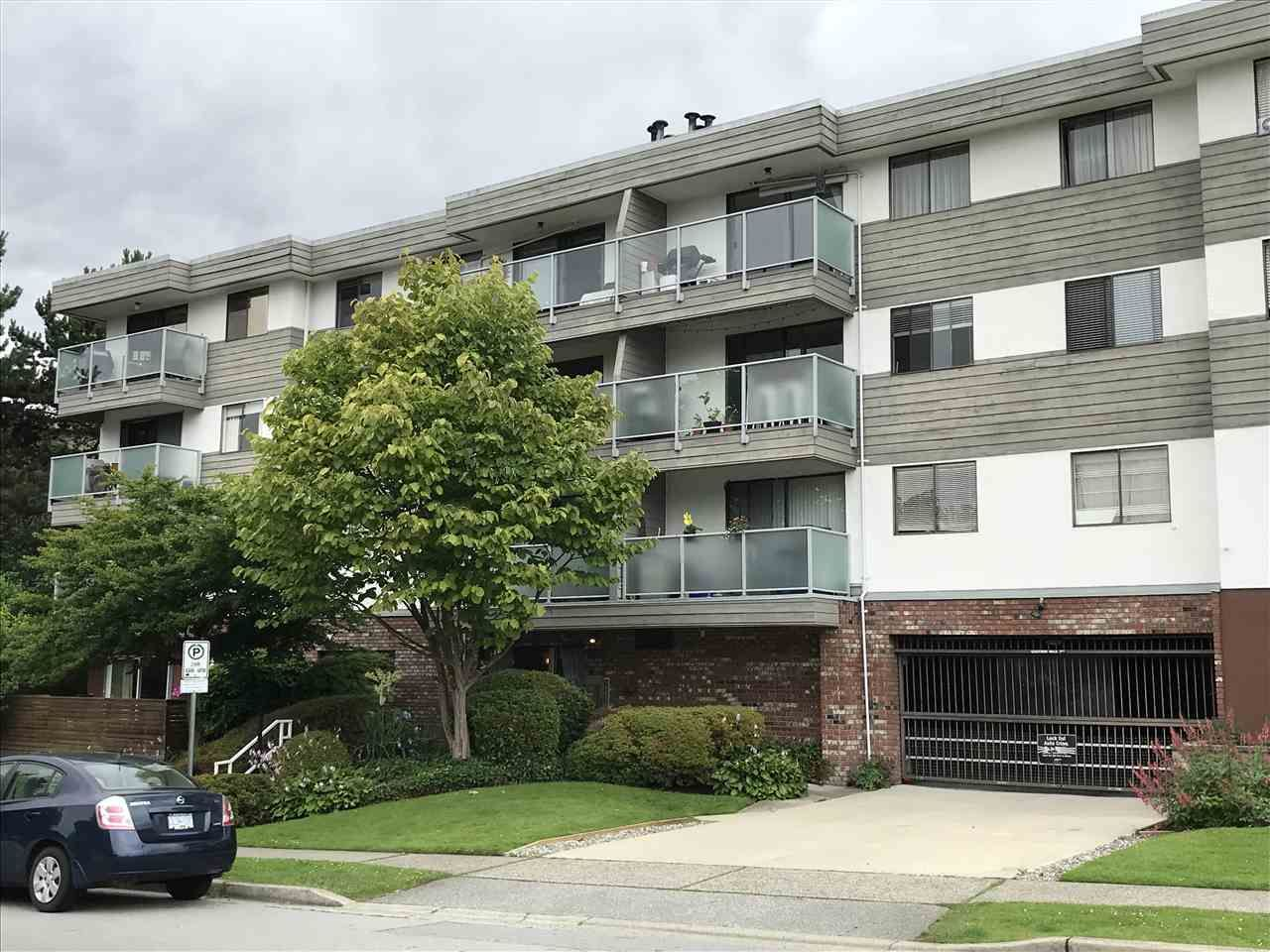 Main Photo: 105 308 W 2ND Street in North Vancouver: Lower Lonsdale Condo for sale : MLS®# R2387186