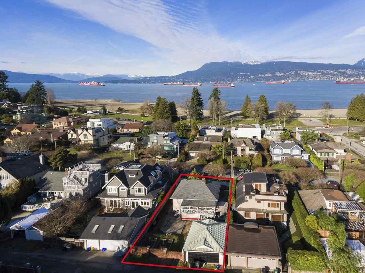 "Main Photo: 4530 BELMONT Avenue in Vancouver: Point Grey House for sale in ""Point Grey"" (Vancouver West)  : MLS®# R2440130"