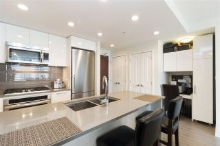 """Photo 7: 905 3102 WINDSOR Gate in Coquitlam: New Horizons Condo for sale in """"Celadon by Polygon"""" : MLS®# R2255405"""