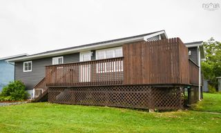 Photo 3: 8 Club Road in Hatchet Lake: 40-Timberlea, Prospect, St. Margaret`S Bay Residential for sale (Halifax-Dartmouth)  : MLS®# 202121836
