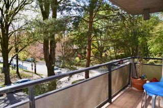 """Photo 16: 302 1685 W 14TH Avenue in Vancouver: Fairview VW Condo for sale in """"TOWN VILLA"""" (Vancouver West)  : MLS®# R2359239"""