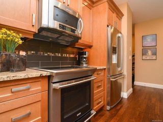 Photo 8: 105 1055 Crown Isle Dr in COURTENAY: CV Crown Isle Row/Townhouse for sale (Comox Valley)  : MLS®# 740518