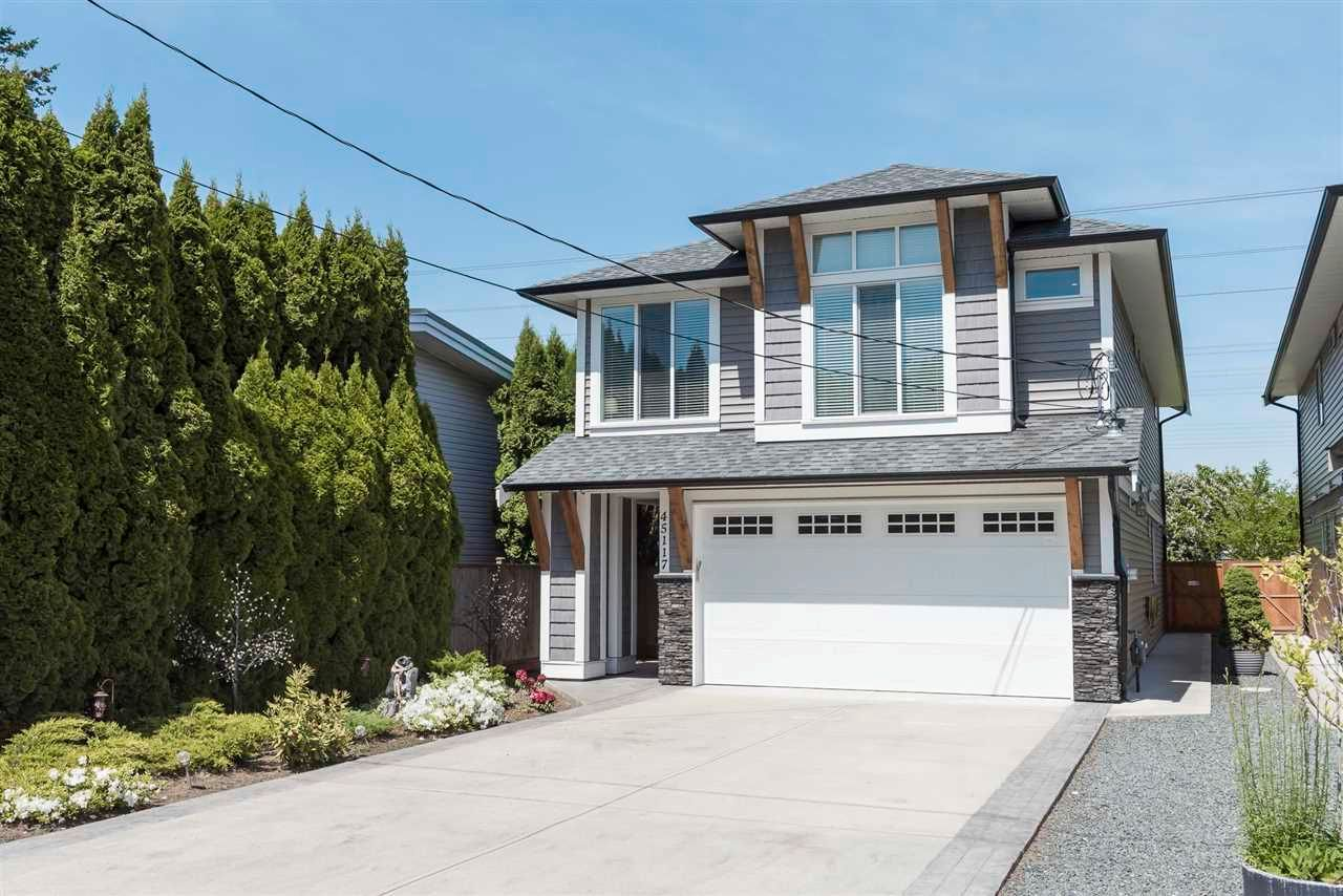 Main Photo: 45117 ROSEBERRY Road in Chilliwack: Sardis West Vedder Rd House for sale (Sardis)  : MLS®# R2581211