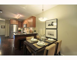 """Photo 3: 203 2008 E 54TH Avenue in Vancouver: Fraserview VE Condo for sale in """"CEDAR 54"""" (Vancouver East)  : MLS®# V798587"""