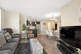"""Photo 4: 301 7225 ACORN Avenue in Burnaby: Highgate Condo for sale in """"AXIS"""" (Burnaby South)  : MLS®# R2390147"""