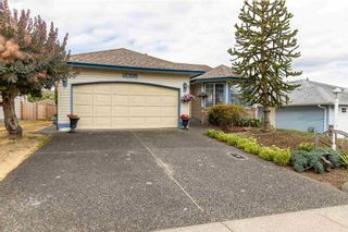 Photo 4: 5683 GILLIAN Place in Chilliwack: Vedder S Watson-Promontory House for sale (Sardis)  : MLS®# R2603235