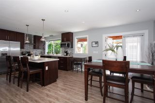 """Photo 5: 19944 36A Avenue in Langley: Brookswood Langley House for sale in """"Brookswood"""" : MLS®# R2283997"""