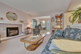 """Photo 5: 11080 ORIOLE Drive in Surrey: Bolivar Heights House for sale in """"Birdland"""" (North Surrey)  : MLS®# R2589408"""