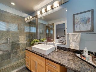 """Photo 28: 6498 WILDFLOWER Place in Sechelt: Sechelt District Townhouse for sale in """"Wakefield Beach - Second Wave"""" (Sunshine Coast)  : MLS®# R2589812"""