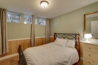 """Photo 12: 41852 GOVERNMENT Road in Squamish: Brackendale House for sale in """"Brackendale"""" : MLS®# R2368002"""