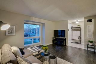 Photo 7: 1024 Woodview Crescent SW in Calgary: Woodlands Detached for sale : MLS®# A1091438
