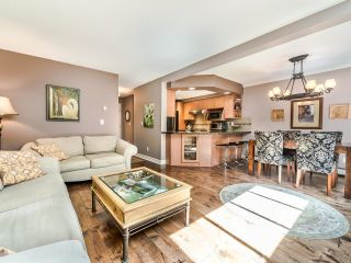 Photo 3: 4 12438 BRUNSWICK Place in Richmond: Steveston South Townhouse for sale : MLS®# R2606672