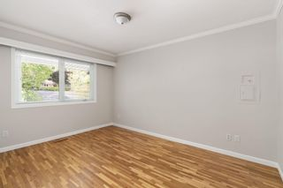 """Photo 30: 5680 MARINE Drive in West Vancouver: Eagle Harbour House for sale in """"EAGLE HARBOUR"""" : MLS®# R2604573"""