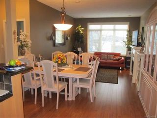 Photo 3: 422 623 Treanor Ave in VICTORIA: La Thetis Heights Condo for sale (Langford)  : MLS®# 748887