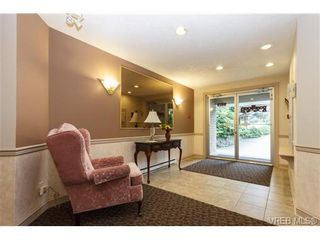 Photo 4: 103 9919 Fourth St in SIDNEY: Si Sidney North-East Condo for sale (Sidney)  : MLS®# 680108