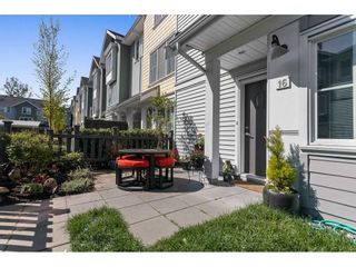 """Photo 3: 16 5550 ADMIRAL Way in Delta: Neilsen Grove Townhouse for sale in """"FAIRWINDS"""" (Ladner)  : MLS®# R2569776"""