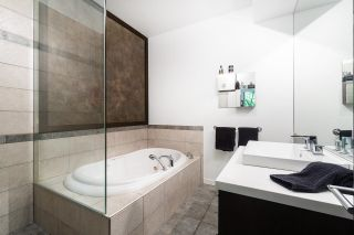 """Photo 11: TH1243 HOMER Street in Vancouver: Yaletown Townhouse for sale in """"Iliad"""" (Vancouver West)  : MLS®# R2619813"""