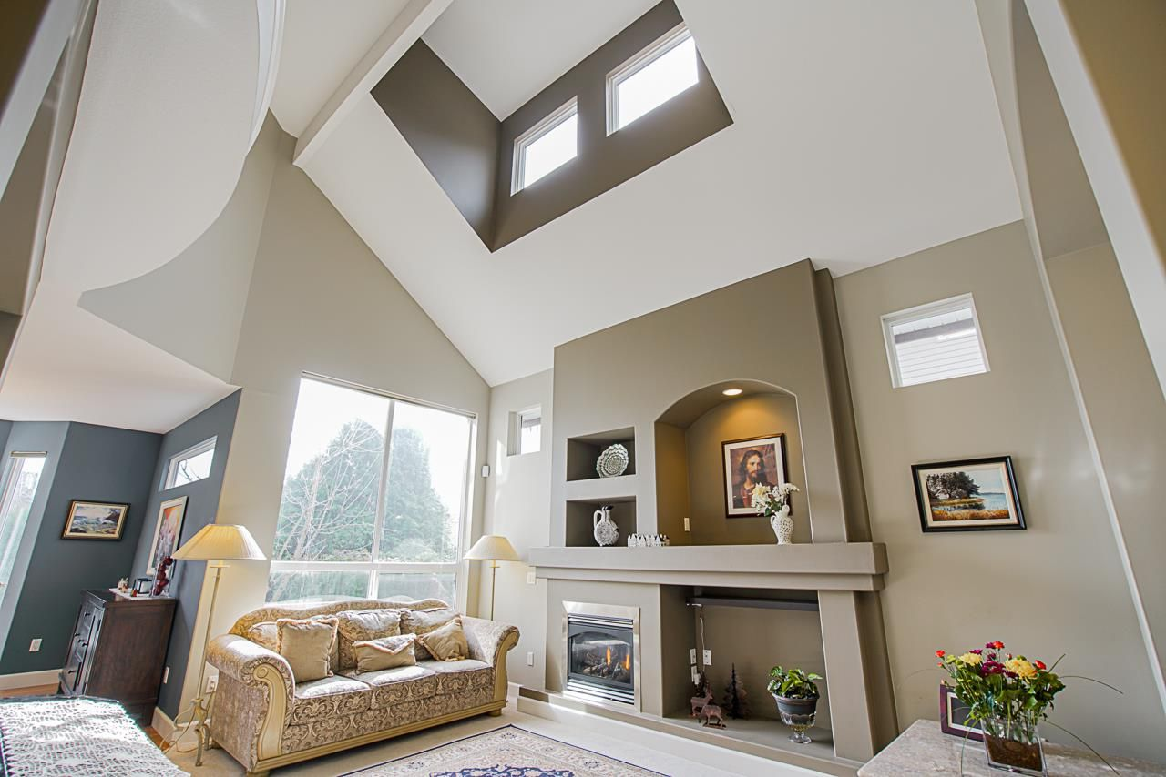 Photo 5: Photos: 6946 198A Street in Langley: Willoughby Heights House for sale : MLS®# R2553278