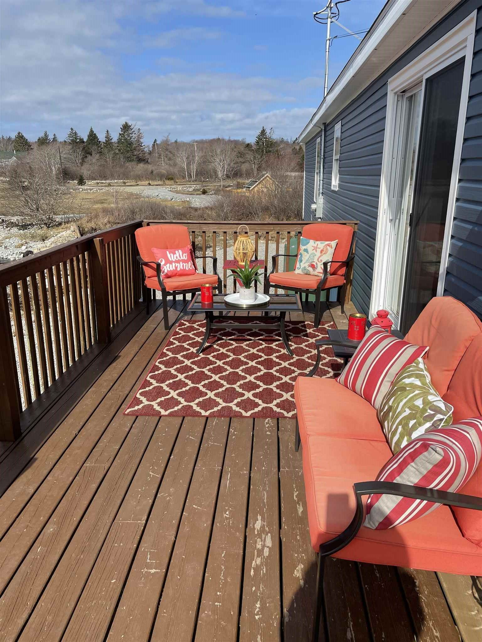 Main Photo: 2722 Sandy Point Road in Sandy Point: 407-Shelburne County Residential for sale (South Shore)  : MLS®# 202105908