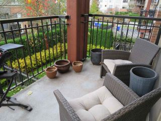 """Photo 12: 201 200 KLAHANIE Drive in Port Moody: Port Moody Centre Condo for sale in """"SALAL"""" : MLS®# R2222800"""