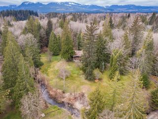 Photo 2: 4365 Munster Rd in : CV Courtenay West House for sale (Comox Valley)  : MLS®# 872010