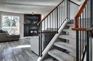 Photo 11: 31 Stradwick Place SW in Calgary: Strathcona Park Semi Detached for sale : MLS®# A1091744