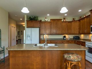 Photo 20: 9 737 Royal Pl in COURTENAY: CV Crown Isle Row/Townhouse for sale (Comox Valley)  : MLS®# 793870