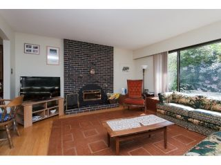 """Photo 3: 2334 170TH Street in Surrey: Pacific Douglas House for sale in """"Grandview"""" (South Surrey White Rock)  : MLS®# F1443778"""