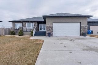 Photo 1: 47 Claremont Drive in Niverville: Fifth Avenue Estates Residential for sale (R07)  : MLS®# 202106842