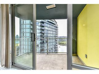 """Photo 15: 2002 918 COOPERAGE Way in Vancouver: Yaletown Condo for sale in """"MARINER"""" (Vancouver West)  : MLS®# V1116237"""