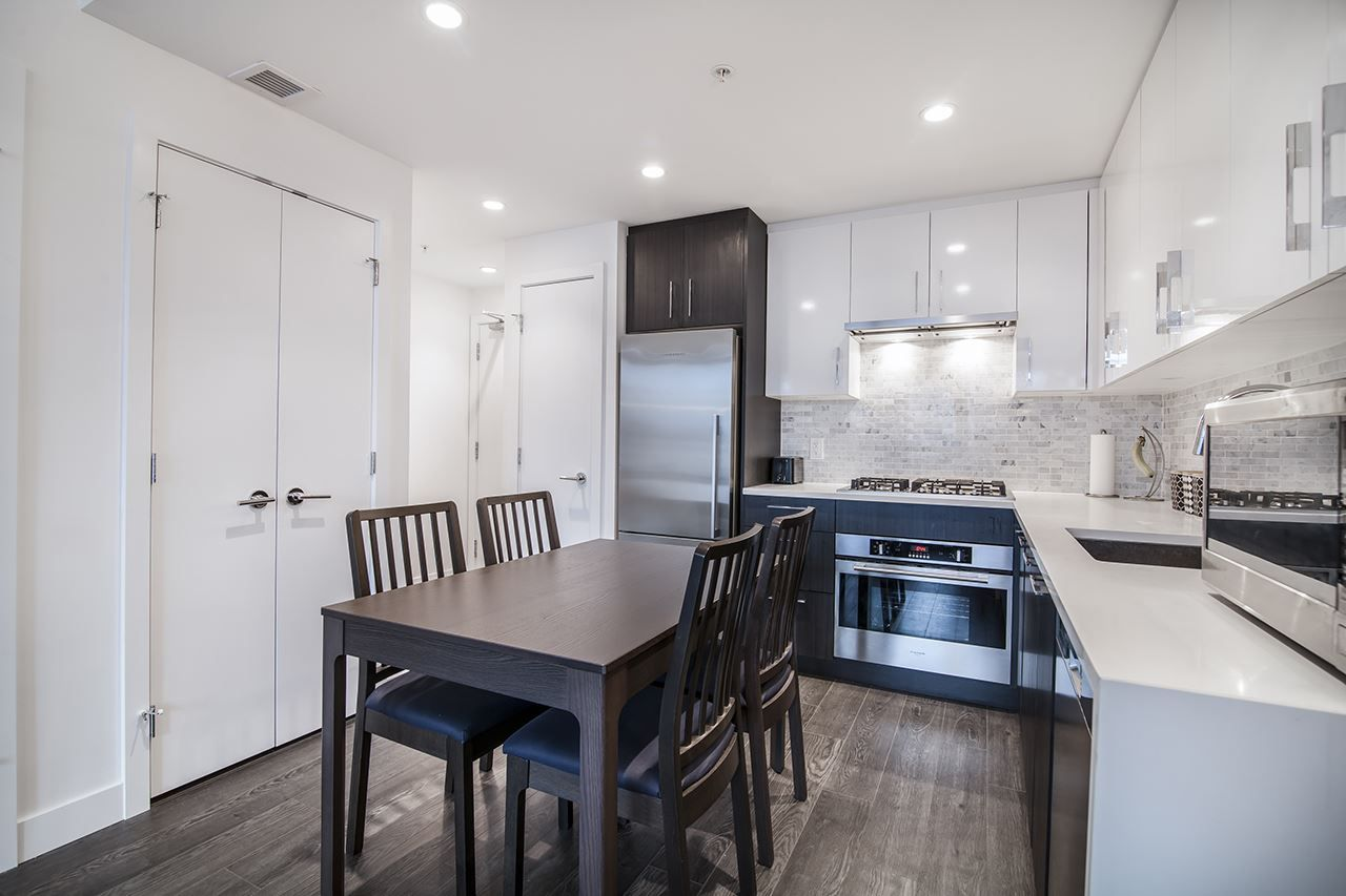 """Main Photo: 502 518 WHITING Way in Coquitlam: Coquitlam West Condo for sale in """"UNION"""" : MLS®# R2449002"""