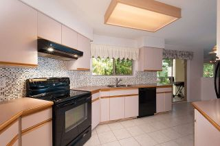 Photo 7: 204 20140 56 AVENUE in Langley: Langley City Condo for sale : MLS®# R2413316